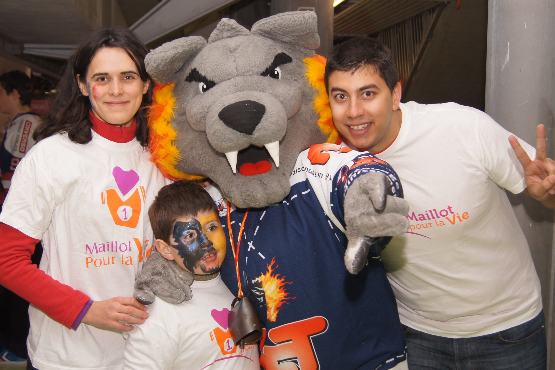 Rêve de Hockey avec les Brûleurs de Loup grâce à Un maillot pour la vie